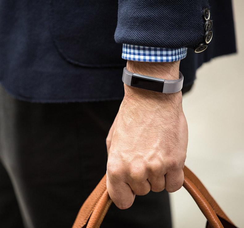 bracelet en cuir luxe fitbit alta graphite taille s. Black Bedroom Furniture Sets. Home Design Ideas